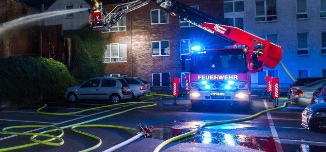 Einsatzreicher Abend für Itzehoer Wehr: Gebäudebrand und mehrere Kleinfeuer
